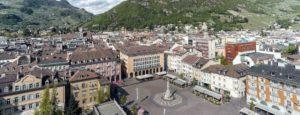 Anti-Gravity UFO Spotted in Bolzano, Italy